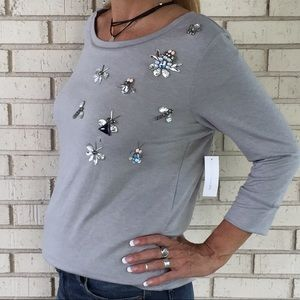 New York &Co. grey top crystal insects brand new!